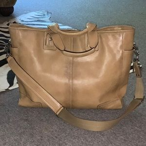 Absolutely gorgeous Tan Coach leather briefcase